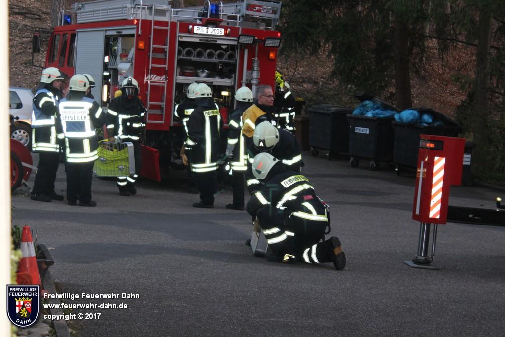 07.04.2017: Erste Zugübung (Brand) im Jahr 2017 - Feuerwehr Dahn